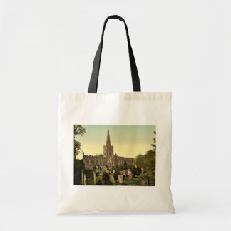 Trinity Church yard, Stratford-on-Avon, England ra Tote Bag