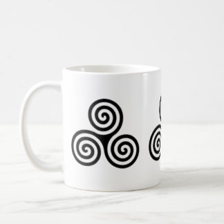 Triple Spiral Celtic Design Mug