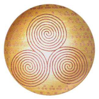 Triple Spiral Labyrinth Plate