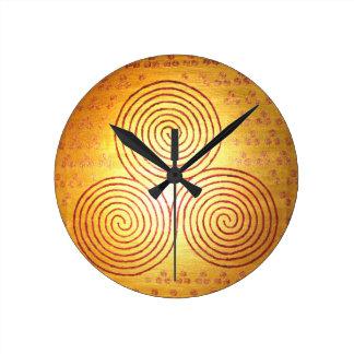 Triple Spiral Labyrinth Round Clock