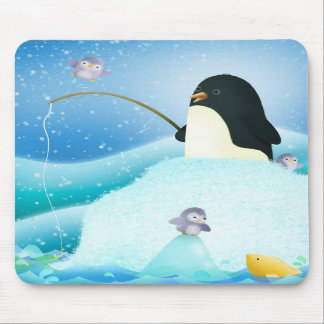 Triple trouble penguins - mouse mat