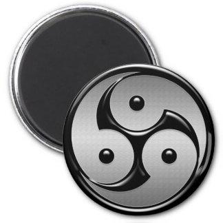 Triple Yin Yang - Metal & Glossy Black Magnet