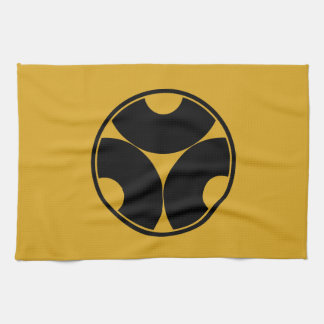 Trisected snake eyes in threadlike ring kitchen towel