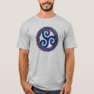 Triskele Celtic Interwoven Enso Design T-Shirt