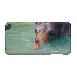 Tronc d'éléphant dans l'eau, photographie animale coque iPod touch 5G