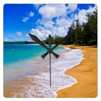Tropical beach paradise, Hawaii Clocks