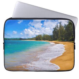Tropical beach paradise, Hawaii Laptop Sleeve