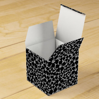 Tropical black and white hibiscus favor box