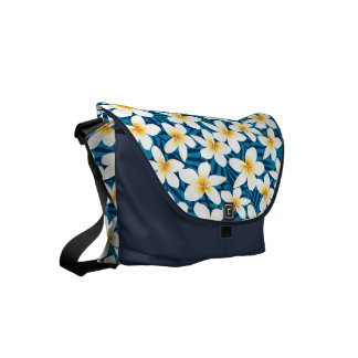 Tropical frangipani flowers commuter bag