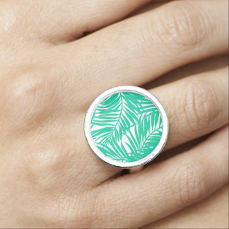 Tropical green palm leaves ring