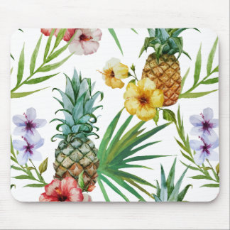 Tropical hawaii theme watercolor pineapple pattern mouse pad