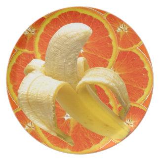TROPICAL PEELED BANANA & JUICY ORANGE SLICES PLATE