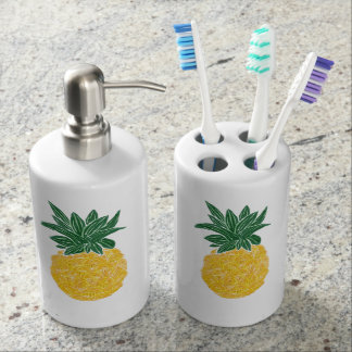 Tropical Pineapple Toiletry Set