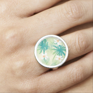 Tropical summer palm trees rings