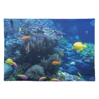 Tropical underwater fish placemat