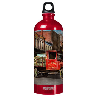 Truck - Home dressed poultry 1926 Water Bottle