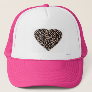 trucker hat - leopard heart