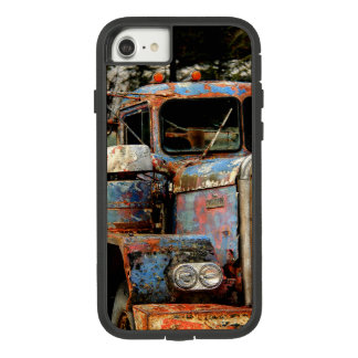 Truckers Never Die Case-Mate Tough Extreme iPhone 8/7 Case