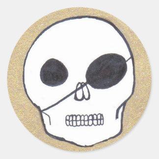 True pirates classic round sticker