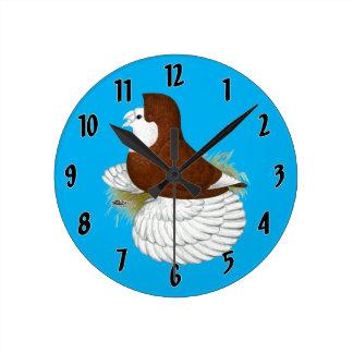 Trumpeter Pigeon Red Baldhead Round Clock