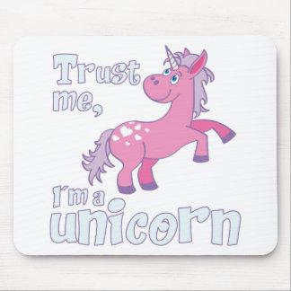 trust me i´m a unicorn mouse pad