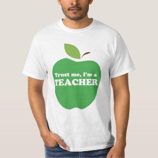 Trust Me, I'm a Teacher Green Apple T-Shirt