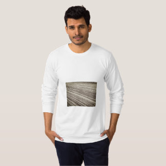 Tshirt man long sleeve text and image