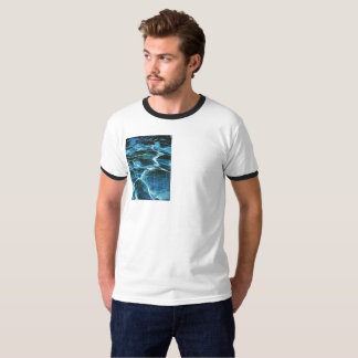 Tshirt man travels