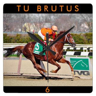 Tu Brutus- Chile Clock