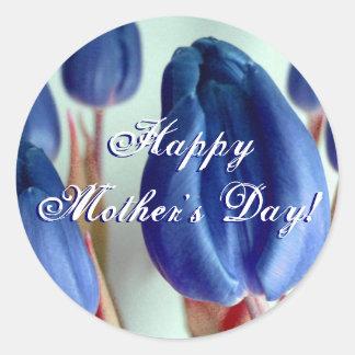 Tulipes bleues heureuses du jour de mère sticker rond