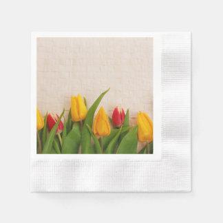 Tulipes de ressort serviettes jetables