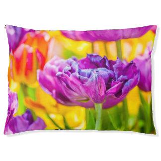 Tulips Enchanting Dark Pink Pet Bed
