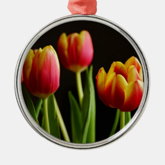 tulips metal ornament