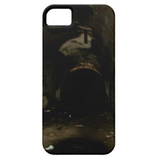 Tunnels iPhone 5 Covers
