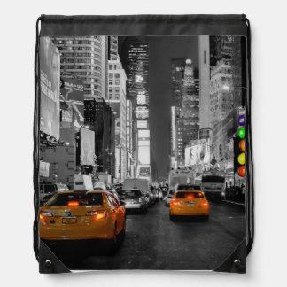 Turn bag bag bag New York Times Square Cab