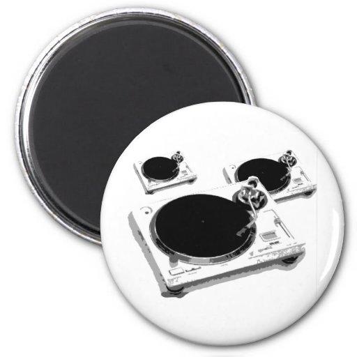 turntables magnet