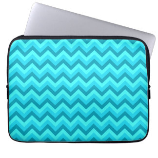 Turquoise and Teal Zigzag Pattern. Laptop Sleeve
