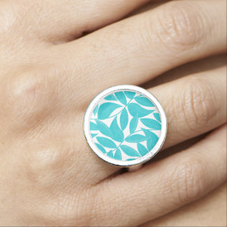 Turquoise tropical leaves ring
