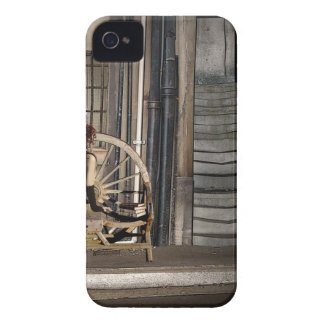 TWILIGHT ALLEY Case-Mate iPhone 4 CASE