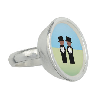 Two colored grooms ring
