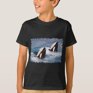 Two killer whales T-Shirt