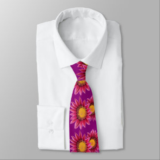 two pink flowers tie
