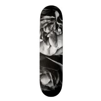 two roses custom skateboard