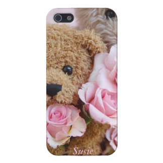 two teddy bears holding roses iPhone 5 cases