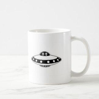 UFO INVASION! BASIC WHITE MUG