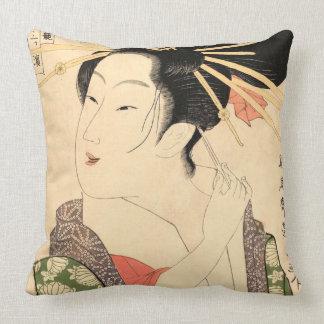 Ukiyo-e Japanese girl Throw Pillow