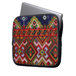 Ukrainian Cross Stitch Embroidery Zippered Neopren Laptop Sleeve