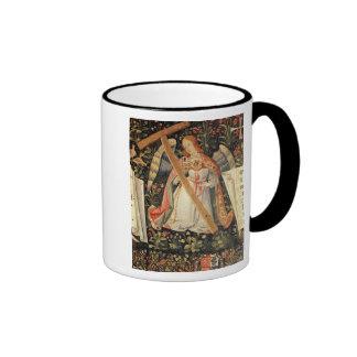 Un ange portant la croix tasse à café