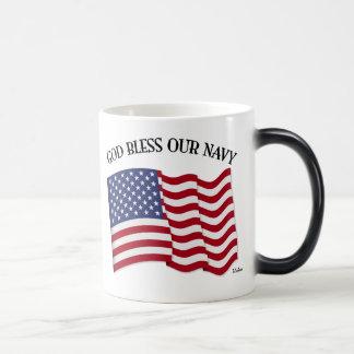 Un DIEU BÉNISSENT NOTRE MARINE avec le drapeau des Mugs À Café