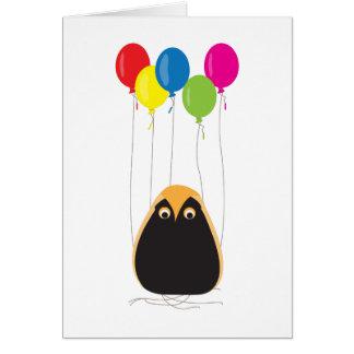 Un hibou chanceux avec les ballons heureux carte de vœux